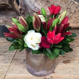 Σύνθεση Λουλούδια Χρυσό Κασπώ Κόκκινα & Λευκά Λουλούδια