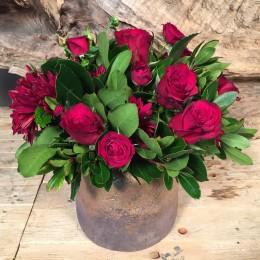 Σύνθεση Λουλούδια Χρυσό Κασπώ Κόκκινα Τριαντάφυλλα Χρυσάνθεμα