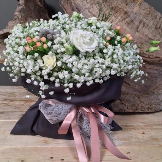 Χειμωνιάτικο Πουγκί Σύνθεση Λουλούδια