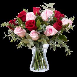 Μπουκέτο 15 Κόκκινα & Ροζ Τριντάφυλλα Ευκάλυπτος