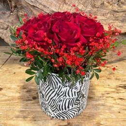 Μπουκέτο Τριαντάφυλλα Κασπώ Διακοσμητικό Κεραμικό Λευκό Ζέβρα 18*17εκ