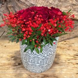Μπουκέτο Τριαντάφυλλα Κασπώ Διακοσμητικό Κεραμικό Λευκό Μαύρο Γεωμετρικά Σχέδια 17*18εκ