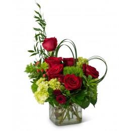 Σύνθεση Λουλούδια Τριαντάφυλλα Ορτανσίες Υπέρικουμ Green Trick