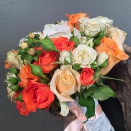 Νυφικό Μπουκέτο Γάμου Πορτοκαλί Εκρού Σομόν Λουλούδια