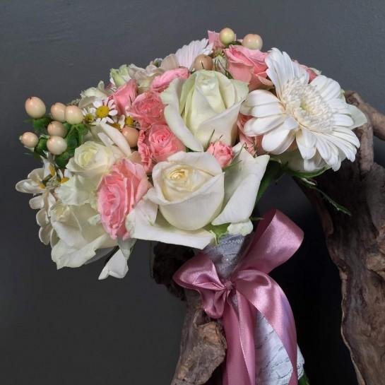 Νυφικό Μπουκέτο Γάμου Λευκά & Ροζ Μίνι Τριαντάφυλλα