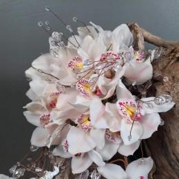 Νυφικό Μπουκέτο Γάμου Ορχιδέες Συμπίντιουμ & Κρύσταλλα Κρεμαστή