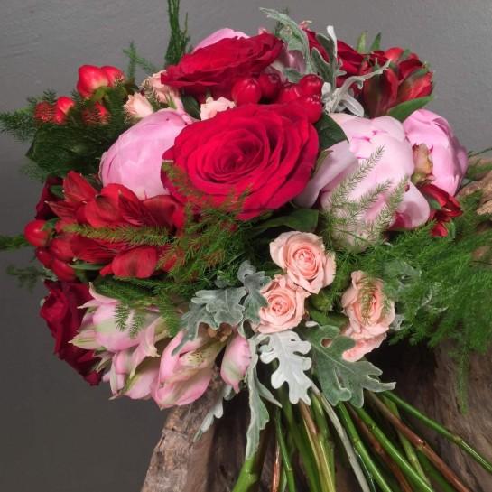 Νυφική Ανθοδέσμη Γάμου Κόκκινα Ροζ Λουλούδια