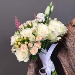 Νυφικό Μπουκέτο Γάμου Λευκά Λουλούδια Μίνι Υπέρικουμ & Αστίλμπ
