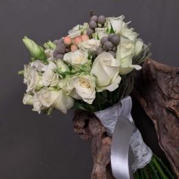 Νυφικό Μπουκέτο Γάμου Λευκό Λεπτομέρεια Ροζ Silver Brunia
