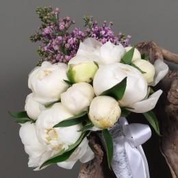 Νυφική Ανθοδέσμη Γάμου Λευκές Παιώνιες & Syringa