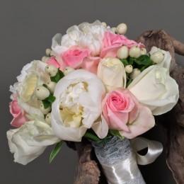 Νυφική Ανθοδέσμη Γάμου Λευκές Παιώνιες Τριαντάφυλλα Υπέρικουμ