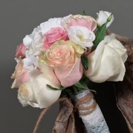 Νυφική Μπουκέτο Γάμου Λευκή Ορτανσία Τριαντάφυλλα Λυσίανθο