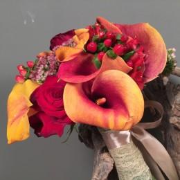 Νυφική Ανθοδέσμη Γάμου Πορτοκάλι Κάλες Κόκινα Λουλούδια