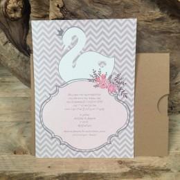Προσκλητήριο Γάμου Συρταρωτός Φάκελος Craft Τύπωμα Ροζ Γκρι Ρίγα 22*16