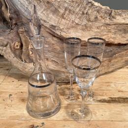 Σετ Γάμου Καράφα Ποτήρια Κρασιού & Σαμπάνιας Κρυστάλλινα Ασημί Γραμμές Λουλουδάκια