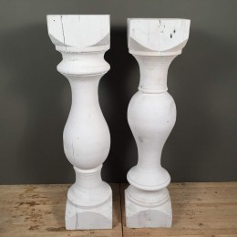 Σετ Βάσεις Λαμπάδας Γάμου Δύο Ξύλινοι Λευκοί Κίωνες 115εκ