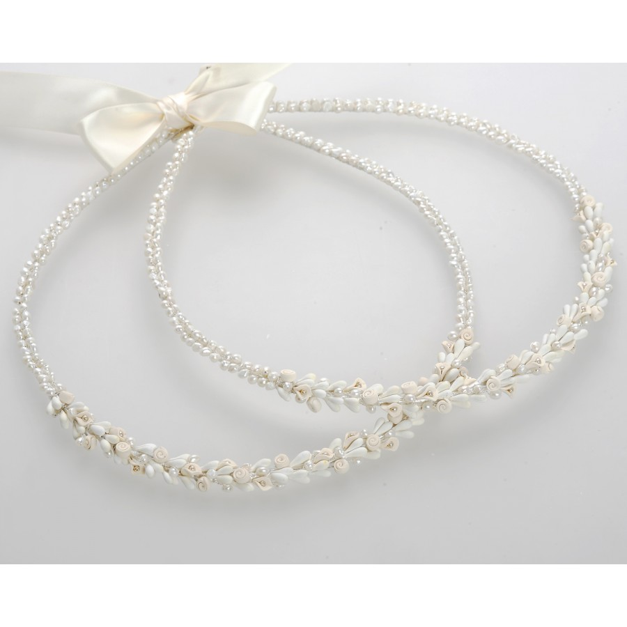 b6dfe5fdc3f Στέφανα Γάμου Χειροποίητα Πορσελάνινα Λουλούδια Λευκά Σομόν & Πέρλες